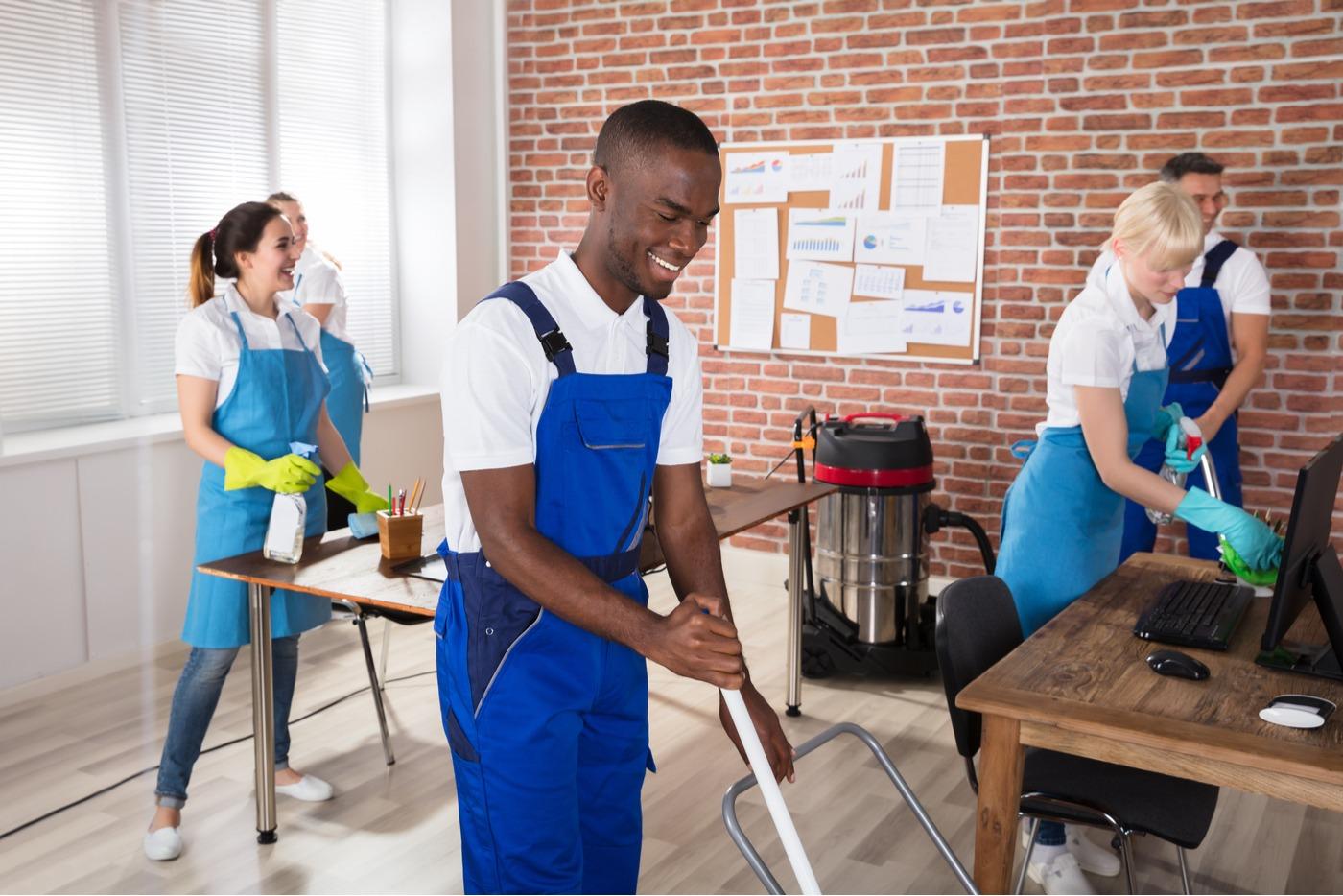 Pourquoi faire appel à un professionnel pour le nettoyage de votre bureau?