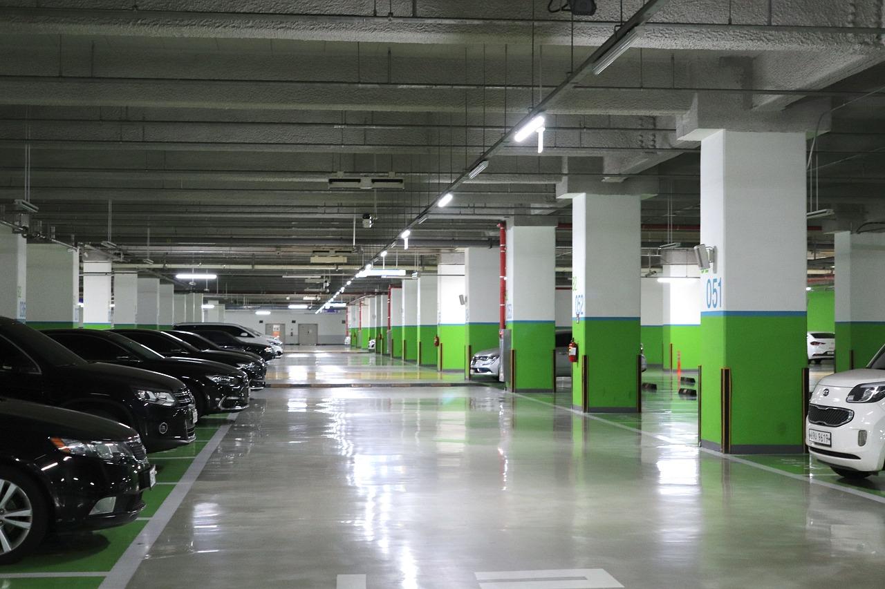 Quels sont les avantages d'un parking entretenu et propre?